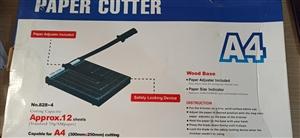 Bàn cắt giấy A4 giá rẻ