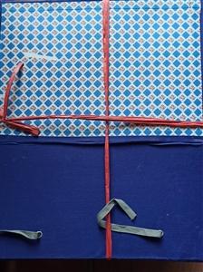 Cặp hộp A3 17cm có 4 dây buộc