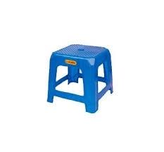 Ghế nhựa lùn vuông